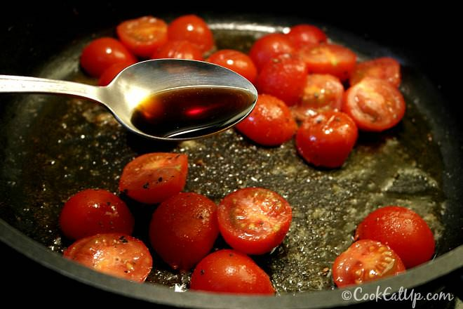 Σπαράγγια με τοματίνια και φέτα