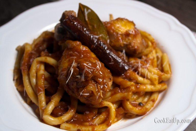 Κόκορας παστιτσάδα, το κορυφαίο Κερκυραϊκό πιάτο