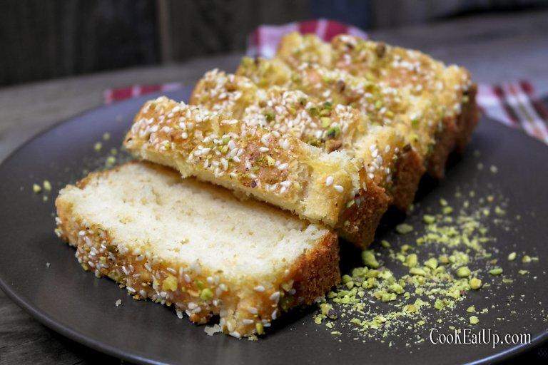 Αλμυρό κέικ με χαλούμι