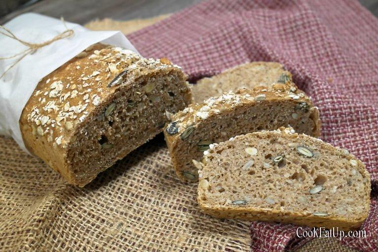 Ψωμί με αλεύρι ζέας και σπόρους