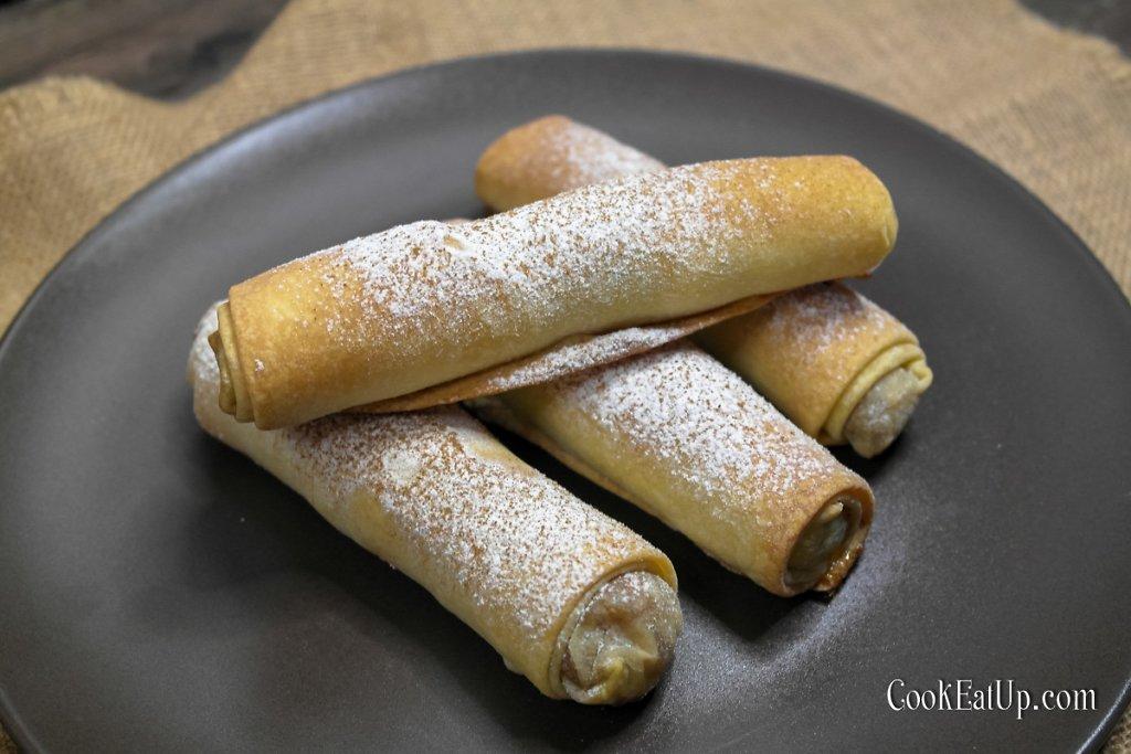 Κουγκουλούαρι, παραδοσιακά γλυκά ρολάκια με κολοκύθα